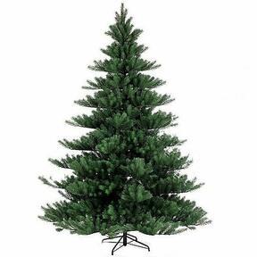 Mesterséges karácsonyfa Nordmann Alnwick 270 cm